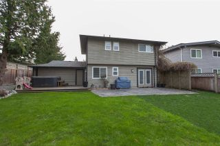 Photo 18: 6255 180A Street in Surrey: Cloverdale BC House for sale (Cloverdale)  : MLS®# R2051159
