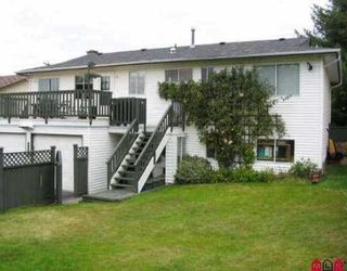 Photo 2: 18224 64 Ave in Surrey: Home for sale : MLS®# f2522707