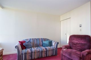"""Photo 13: 705 5790 PATTERSON Avenue in Burnaby: Metrotown Condo for sale in """"THE REGENT"""" (Burnaby South)  : MLS®# R2330523"""