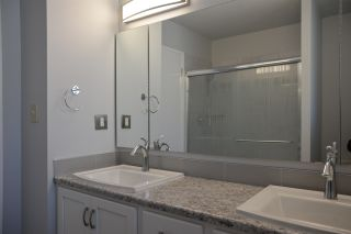 Photo 21: 12 QUESNELL Road in Edmonton: Zone 22 House for sale : MLS®# E4212400