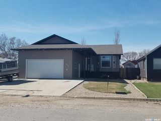 Photo 1: 456 3rd Avenue West in Unity: Residential for sale : MLS®# SK842947