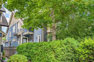 """Photo 4: 1743 FRANCES Street in Vancouver: Hastings Townhouse for sale in """"Francis Square"""" (Vancouver East)  : MLS®# R2590421"""