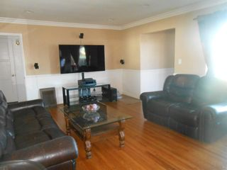 Photo 6: SAN DIEGO House for sale : 3 bedrooms : 5619 vale way