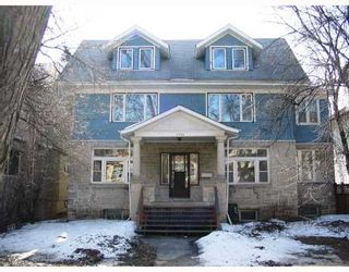 Photo 1: 1044 GROSVENOR Avenue in WINNIPEG: Fort Rouge / Crescentwood / Riverview Residential for sale (South Winnipeg)  : MLS®# 2805253