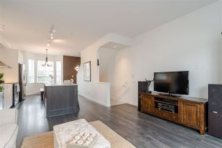 """Photo 8: 30 8438 207A Street in Langley: Willoughby Heights Townhouse for sale in """"YORK by Mosaic"""" : MLS®# R2396335"""