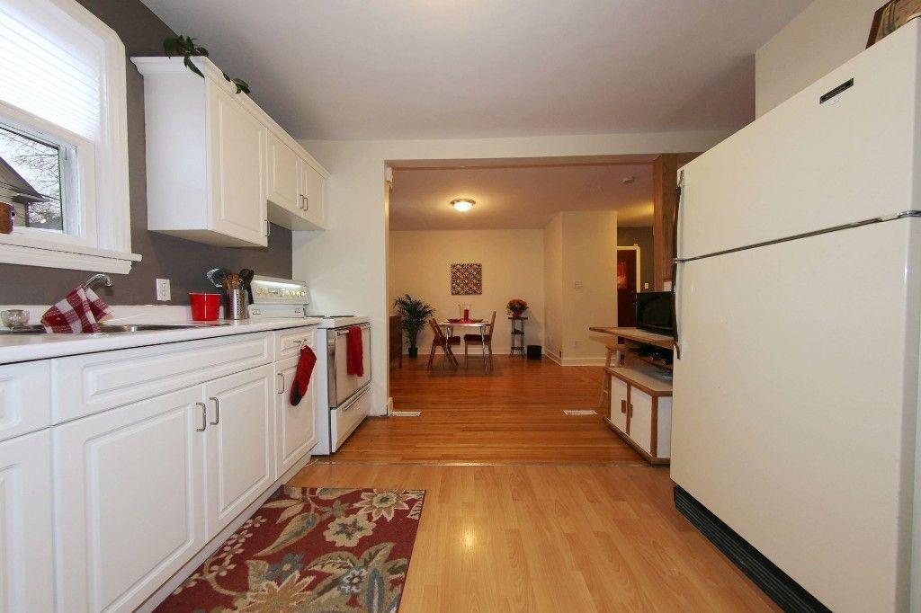Photo 12: Photos: 283 Evanson Street in Winnipeg: Wolseley Single Family Detached for sale (West Winnipeg)  : MLS®# 1528645