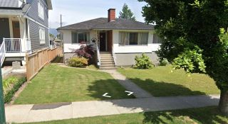 Photo 2: 2691 HORLEY Street in Vancouver: Collingwood VE House for sale (Vancouver East)  : MLS®# R2420477