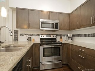 Photo 5: 403 662 Goldstream Ave in VICTORIA: La Fairway Condo for sale (Langford)  : MLS®# 790118