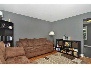 Photo 10: 553 REGAL Park NE in CALGARY: Renfrew Regal Terrace Townhouse for sale (Calgary)  : MLS®# C3570171