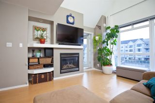 """Photo 2: 403 3142 ST JOHNS Street in Port Moody: Port Moody Centre Condo for sale in """"SONRISA"""" : MLS®# R2499050"""