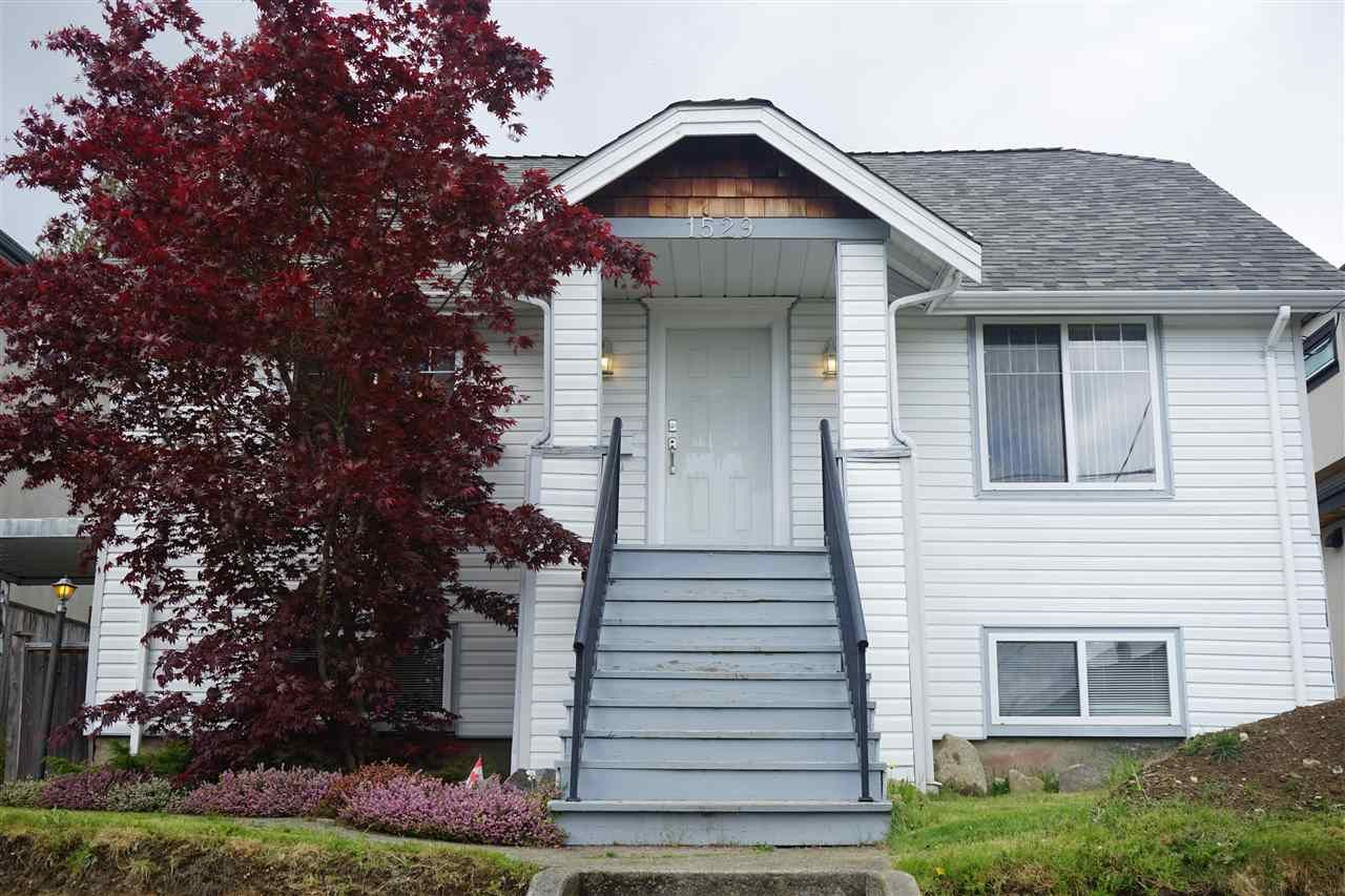 Main Photo: 1529 EDINBURGH Street in New Westminster: West End NW House for sale : MLS®# R2590621