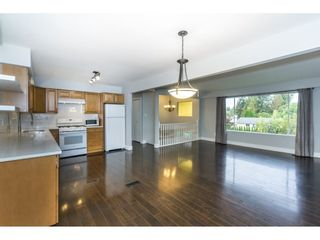Photo 6: 20250 48 AVENUE in Langley: Langley City Home for sale ()  : MLS®# R2305434
