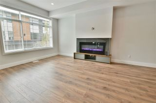 """Photo 4: 22 33209 CHERRY Avenue in Mission: Mission BC Townhouse for sale in """"Cherry Hill"""" : MLS®# R2381770"""