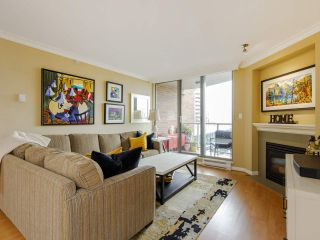 """Photo 3: 704 1575 W 10TH Avenue in Vancouver: Fairview VW Condo for sale in """"TRITON"""" (Vancouver West)  : MLS®# R2480004"""