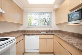 """Photo 5: 103 3180 E 58TH Avenue in Vancouver: Champlain Heights Townhouse for sale in """"HIGHGATE"""" (Vancouver East)  : MLS®# R2345170"""