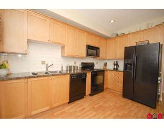 """Photo 4: 33 20159 68TH Avenue in Langley: Willoughby Heights Townhouse for sale in """"VANTAGE"""" : MLS®# F2812376"""