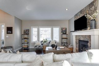 Photo 13: 8215 9 Avenue SW in Calgary: West Springs Detached for sale : MLS®# A1081882