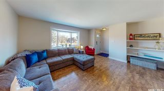 Photo 2: 51 Duncan Crescent in Regina: Dieppe Place Residential for sale : MLS®# SK849323