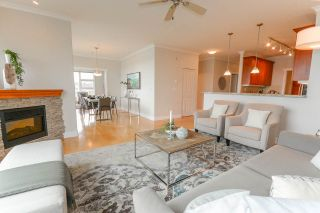 """Photo 4: 219 4500 WESTWATER Drive in Richmond: Steveston South Condo for sale in """"COPPER SKY WEST"""" : MLS®# R2149149"""
