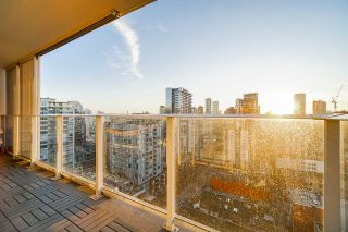 """Photo 12: 2207 999 SEYMOUR Street in Vancouver: Downtown VW Condo for sale in """"999 Seymour"""" (Vancouver West)  : MLS®# R2521915"""