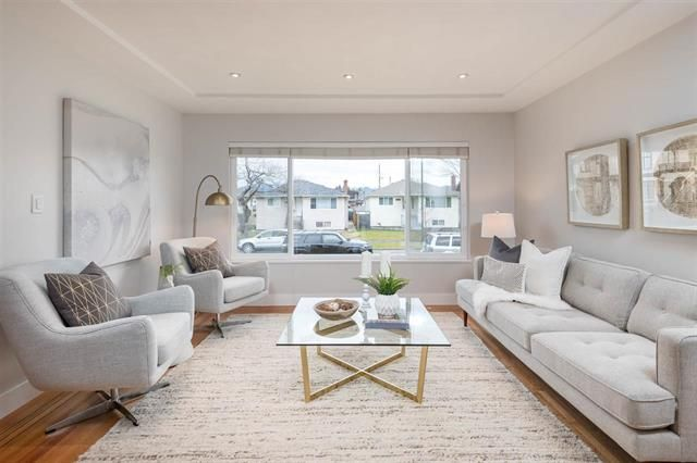 Main Photo: 3108 East 51st Av in Vancouver: Killarney VE House for sale (Vancouver East)  : MLS®# R2339085