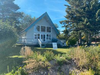 Photo 1: 330 CRYSTAL SPRINGS Close: Rural Wetaskiwin County House for sale : MLS®# E4260907