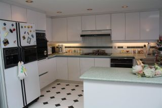 """Photo 10: 759 1515 W 2ND Avenue in Vancouver: False Creek Condo for sale in """"ISLAND COVER"""" (Vancouver West)  : MLS®# R2195310"""