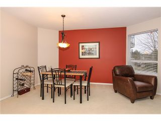 """Photo 8: 207 5419 201A Street in Langley: Langley City Condo for sale in """"Vista Gardens"""" : MLS®# F1401974"""