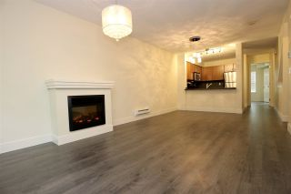 Photo 2: 14 8638 159 STREET in Surrey: Fleetwood Tynehead Townhouse for sale : MLS®# R2002538
