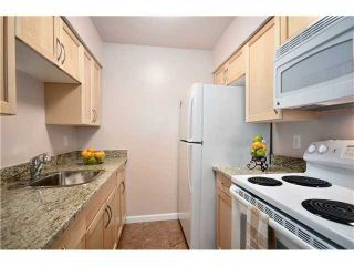 """Photo 5: 104 37 AGNES Street in New Westminster: Downtown NW Condo for sale in """"AGNES COURT"""" : MLS®# V927022"""