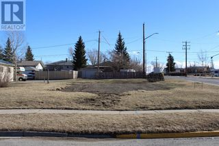 Photo 4: 686 Lacombe Street in Pincher Creek: Vacant Land for sale : MLS®# A1059983