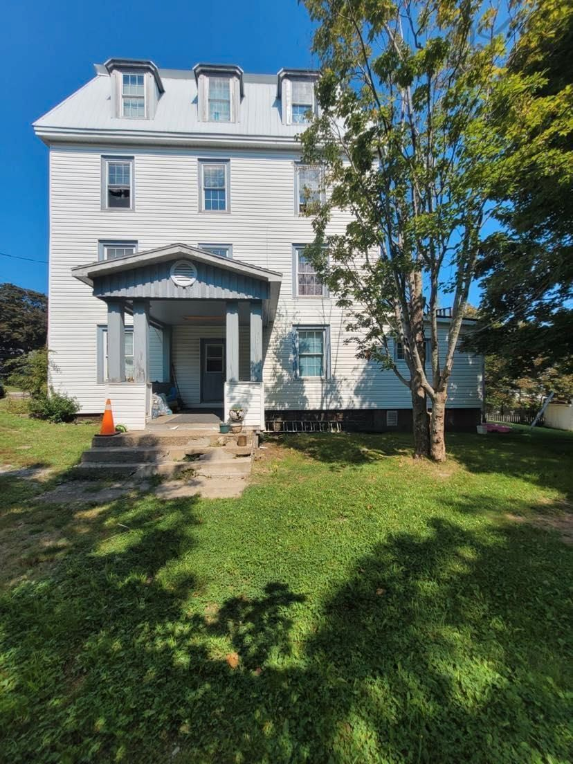 Main Photo: 78 FIRST AVENUE in Digby: 401-Digby County Multi-Family for sale (Annapolis Valley)  : MLS®# 202121896