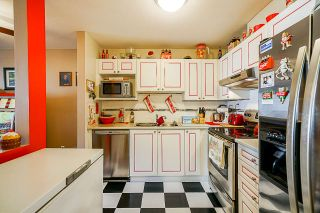 "Photo 4: 314 33478 ROBERTS Avenue in Abbotsford: Central Abbotsford Condo for sale in ""Aspen Creek"" : MLS®# R2355153"