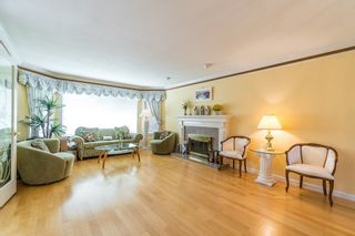 Photo 2: 7311 DAMPIER Court in Richmond: Quilchena RI House for sale : MLS®# R2203796