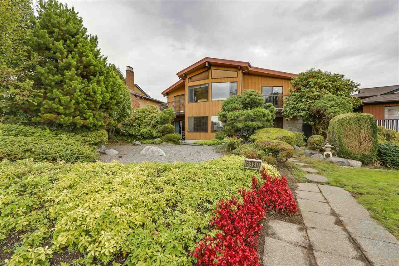 Main Photo: 6920 HYCREST Drive in Burnaby: Montecito House for sale (Burnaby North)  : MLS®# R2165155