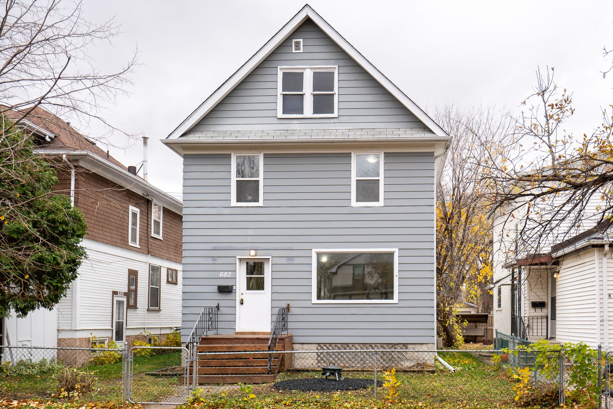 Main Photo: 682 Banning Street in Winnipeg: West End House for sale (5C)  : MLS®# 202025519