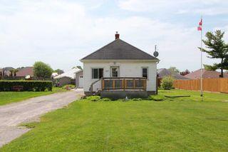 Photo 5: 547 E King Avenue in Clarington: Newcastle House (Bungalow) for sale : MLS®# E4773216