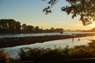 Photo 38: Amazing River View Home In South Vancouver