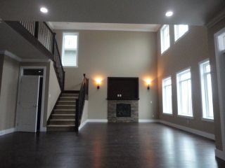 "Photo 2: 2158 MERLOT Boulevard in Abbotsford: House for sale in ""Pepin Brook"" : MLS®# F1322457"