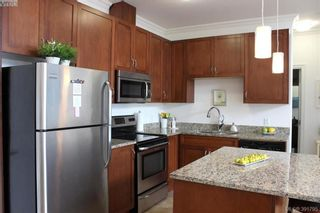 Photo 5: 301 9751 Fourth St in SIDNEY: Si Sidney South-East Condo for sale (Sidney)  : MLS®# 787630