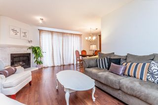 """Photo 2: 7 33361 WREN Crescent in Abbotsford: Central Abbotsford Townhouse for sale in """"SHERWOOD HILLS"""" : MLS®# R2044649"""