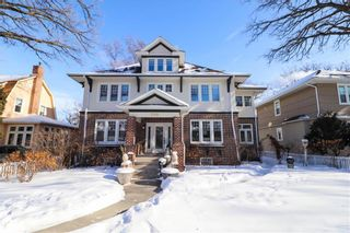 Photo 1: 328 Oxford Street in Winnipeg: River Heights North Residential for sale (1C)  : MLS®# 202102901
