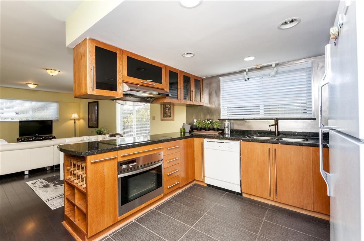Photo 6: Photos: 9640 GLENTHORNE Drive in Richmond: Saunders House for sale : MLS®# R2265891