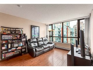 """Photo 10: 2902 928 HOMER Street in Vancouver: Yaletown Condo for sale in """"YALETOWN PARK"""" (Vancouver West)  : MLS®# V1125187"""