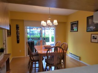 """Photo 3: 239 32691 GARIBALDI Drive in Abbotsford: Abbotsford West Townhouse for sale in """"Carriage Lane"""" : MLS®# R2612779"""