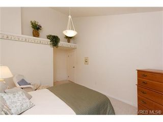 Photo 10: 403 1005 McKenzie Ave in VICTORIA: SE Quadra Condo for sale (Saanich East)  : MLS®# 647040