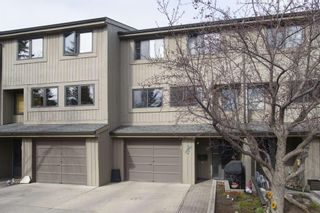 Main Photo: 13 10401 19 Street SW in Calgary: Braeside Row/Townhouse for sale : MLS®# A1104544