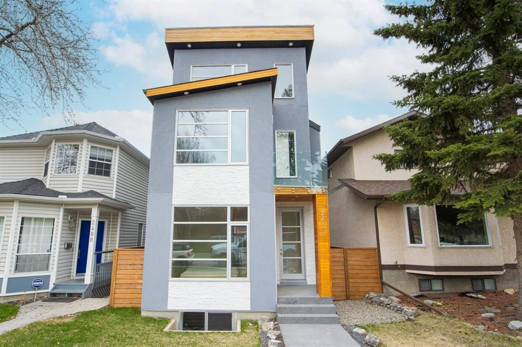 Main Photo: 2410 33 Street SW in Calgary: Killarney/Glengarry Detached for sale : MLS®# A1105493