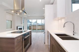 Photo 5: 2 220 W 18TH Street in North Vancouver: Central Lonsdale 1/2 Duplex for sale : MLS®# R2000780
