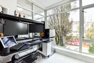 "Photo 12: 310 161 W GEORGIA Street in Vancouver: Downtown VW Condo for sale in ""COSMO"" (Vancouver West)  : MLS®# R2503514"